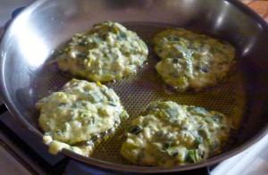 cuisson de galettes de poireaux